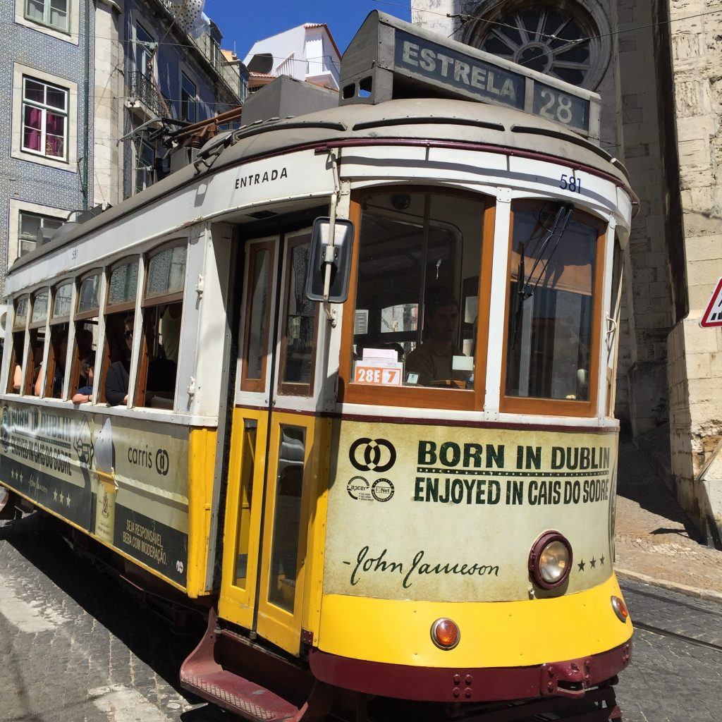 tram-28-lisbonne-02