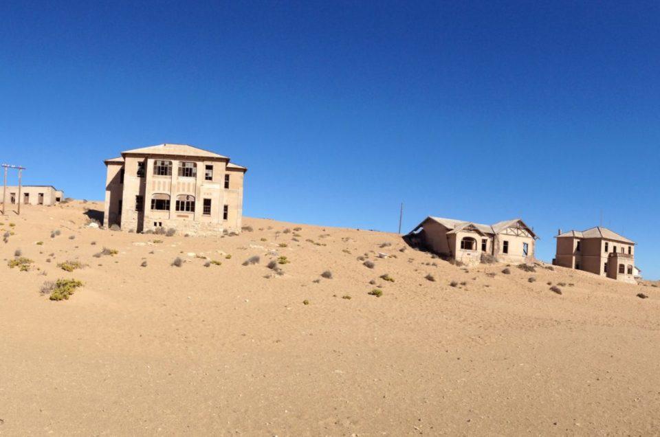 Kolmanskop ville fantôme en Namibie