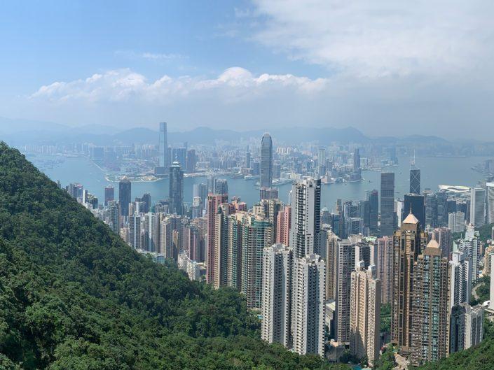 Hong Kong entre buildings et verdure